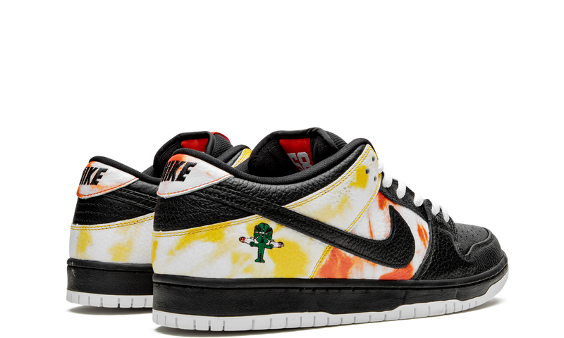Nike-Dunk-Low-SB-Raygun-Tie-Dye-Black-BQ6832-001-Sneakers-Heat-3