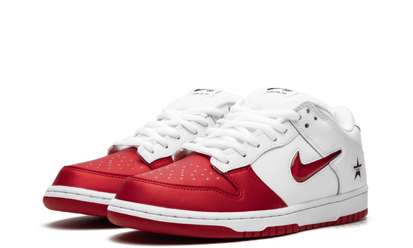 CK3480-600-Nike-Dunk-Low-SB-Supreme-Jewel-Red-Sneakers-Heat-2