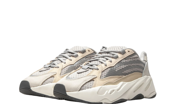 gy7924-adidas-yeezy-boost-700-v2-cream-sneakers-heat-2