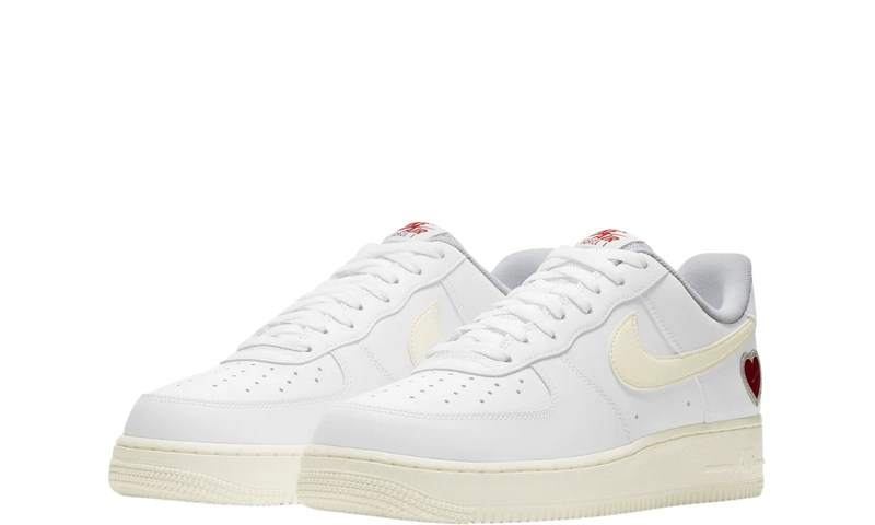 dd7117-100-nike-air-force-1-valentine-s-day-sneakers-heat-2