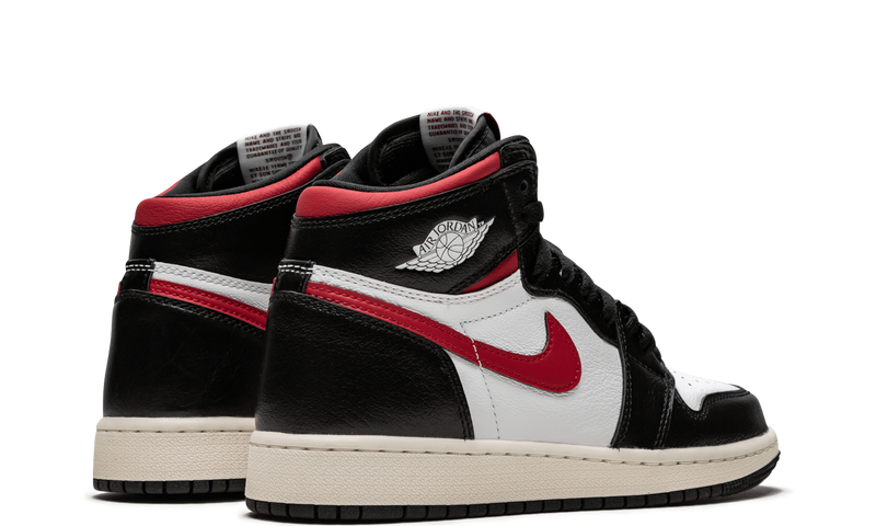 nike-air-jordan-1-black-gym-red-gs-575441-061-sneakers-heat-3