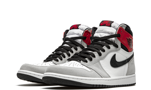 555088-126-nike-air-jordan-1-light-smoke-grey-sneakers-heat-2