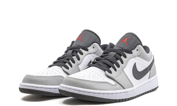 553558-030-nike-air-jordan-1-low-light-smoke-grey-sneakers-heat-2