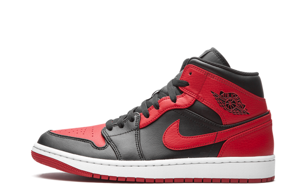 nike-air-jordan-1-mid-banned-2020-554724-074-sneakers-heat-1