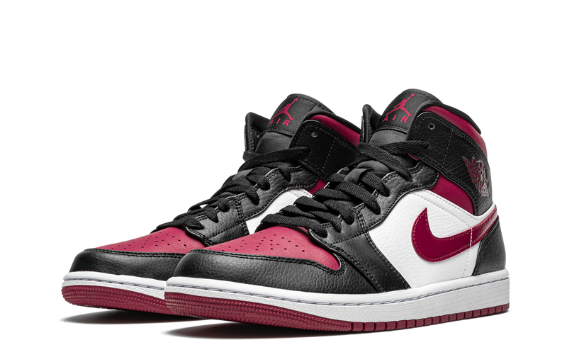 554724-066-nike-air-jordan-1-mid-bred-toe-sneakers-heat-2