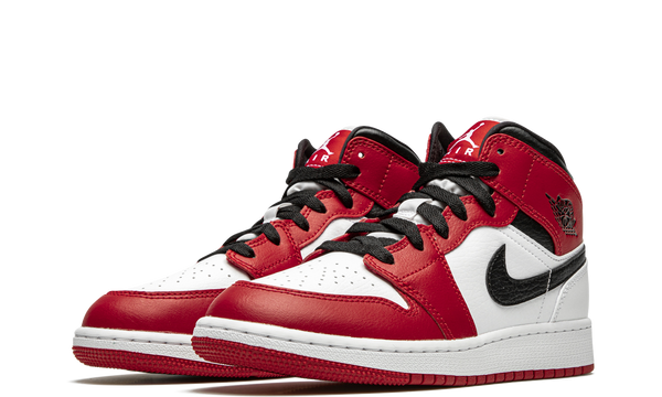 554725-173-nike-air-jordan-1-mid-chicago-2020-gs-sneakers-heat-2