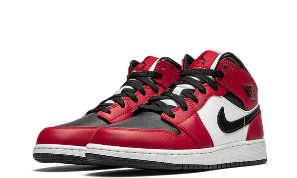 554725-069-nike-air-jordan-1-mid-chicago-black-toe-gs-sneakers-heat-2