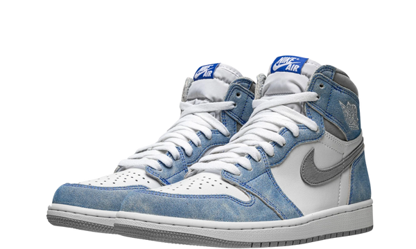 555088-402-nike-air-jordan-1-og-hyper-royal-sneakers-heat-2