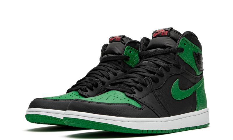 555088-030-nike-air-jordan-1-pine-green-black-sneakers-heat-2