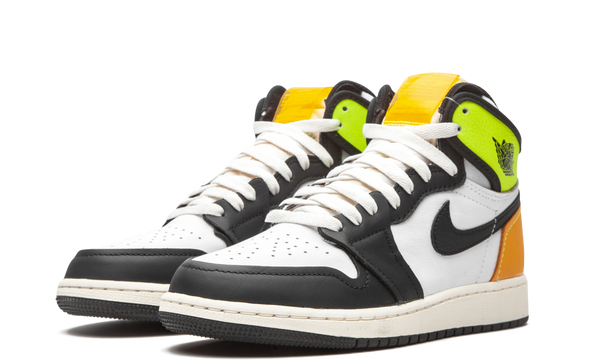 575441-118-nike-air-jordan-1-volt-gold-gs-sneakers-heat-2