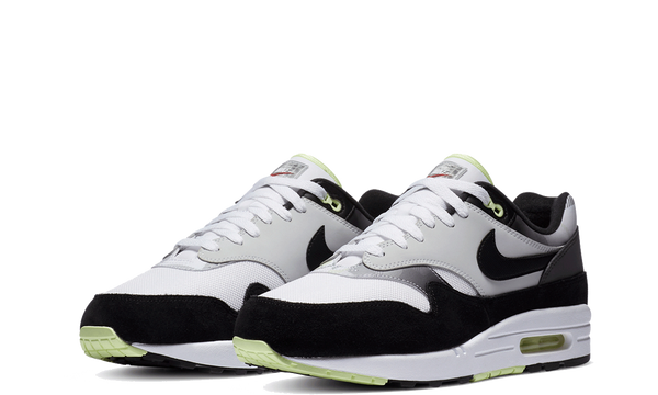 db1998-100-nike-air-max-1-remix-sneakers-heat-2