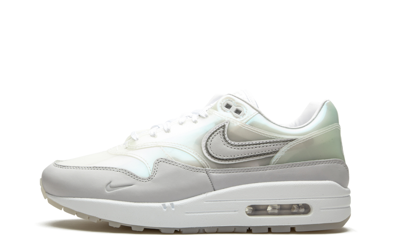 nike-air-max-1-snkrs-day-white-da4300-100-sneakers-heat-1