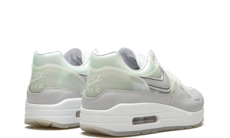 nike-air-max-1-snkrs-day-white-da4300-100-sneakers-heat-3