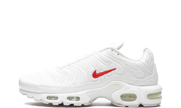 nike-air-max-plus-supreme-white-da1472-100-sneakers-heat-1
