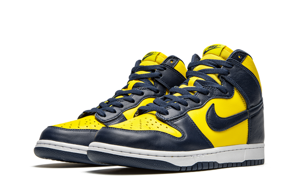 cz8149-700-nike-dunk-high-michigan-2020-sneakers-heat-2
