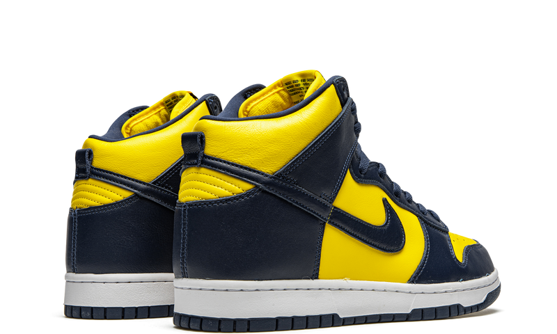 nike-dunk-high-michigan-2020-cz8149-700-sneakers-heat-3