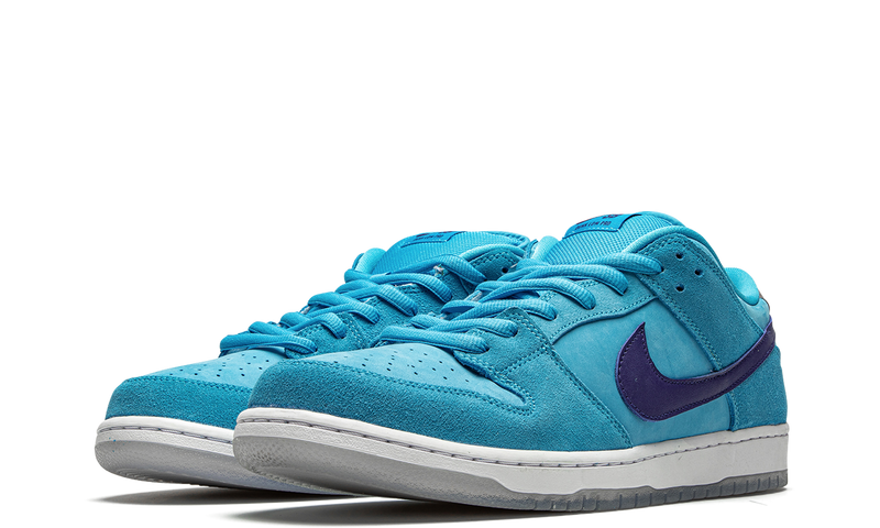 bq6817-400-nike-dunk-low-sb-blue-fury-sneakers-heat-2