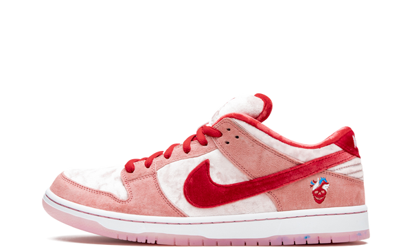 nike-dunk-low-sb-strangelove-skateboard-ct2552-800-sneakers-heat-1