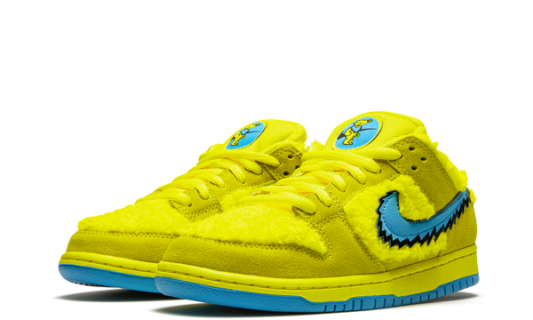 cj5378-700-nike-dunk-sb-low-grateful-dead-bears-yellow-sneakers-heat-2