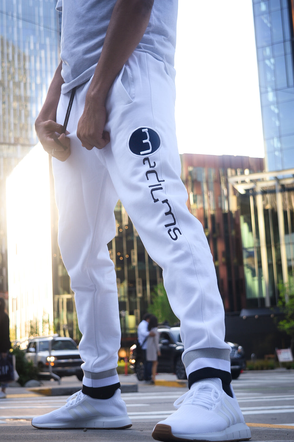 Super Fleece Joggers - White