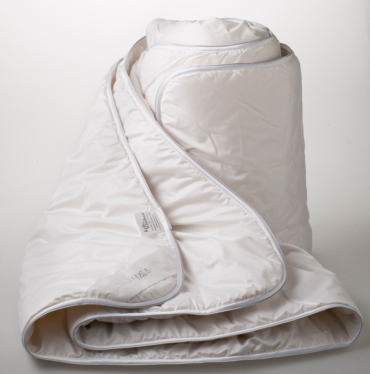 Kelly and Windsor Alpaca Bamboo 300 All Year Round Quilt SUPER KING|KING|QUEEN