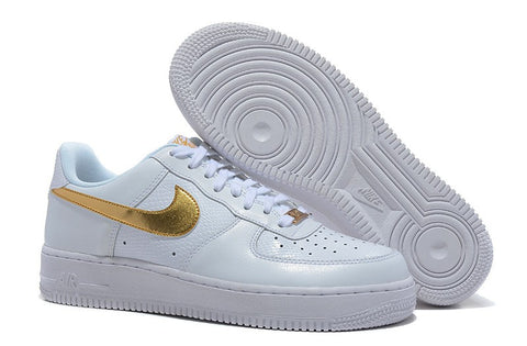 NIKE AIR FORCE BLANCO / ORO