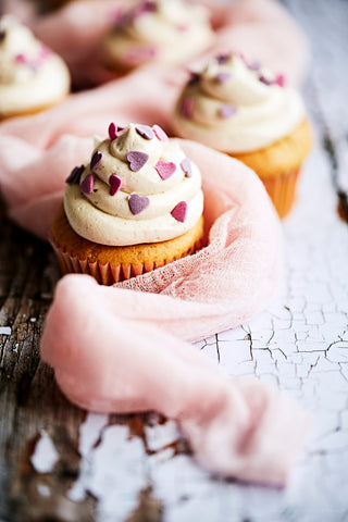 Nyina Valentines Cupcakes - Sharon Cosgrove Photography