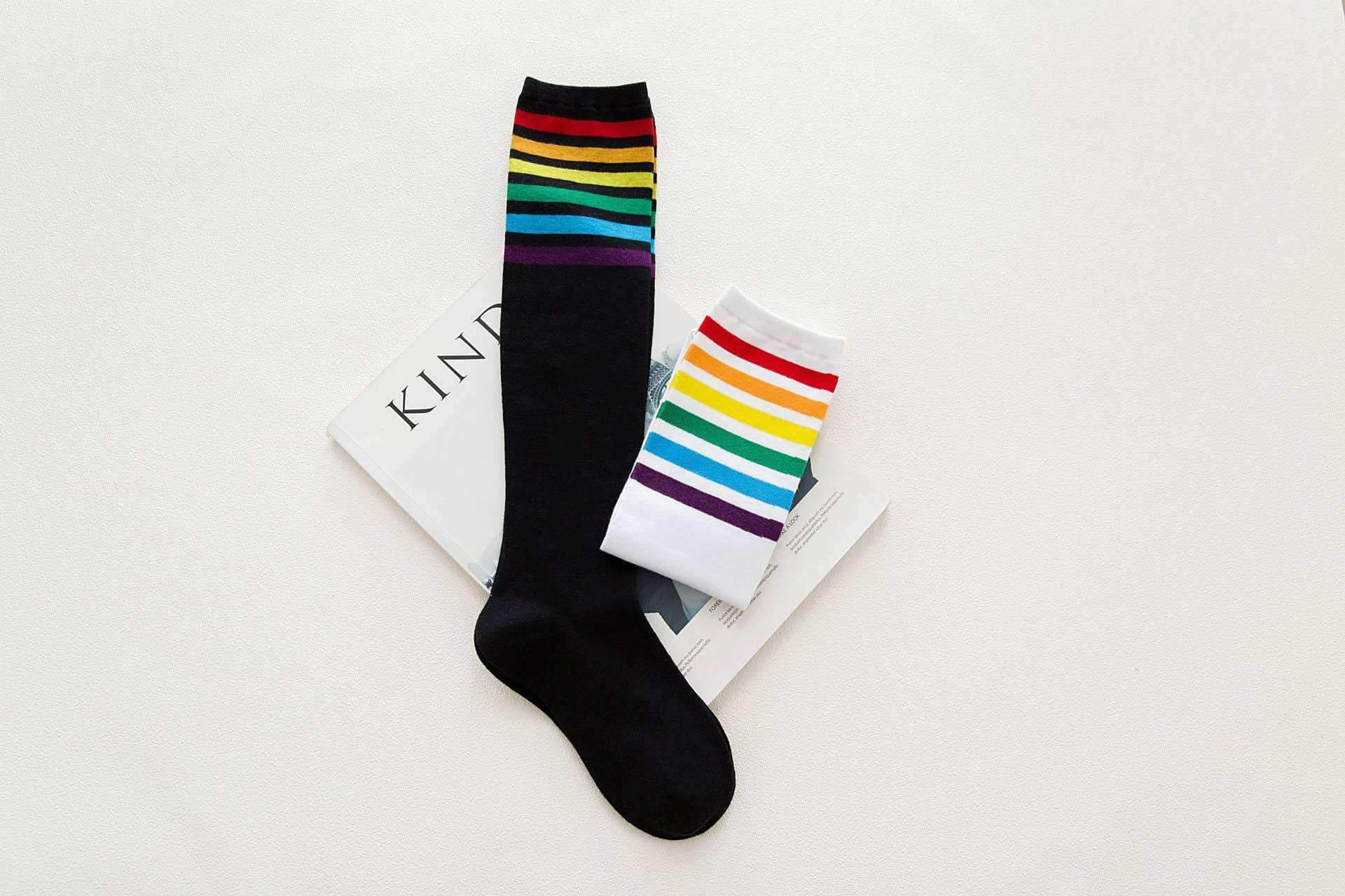 [leggycozy] Rainbow Striped Pattern Socks