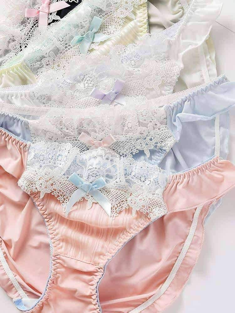 [leggycozy] Japanese Style Sweet Cute Bow Knot Lace Ruffle Low Waist Panties