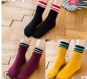 Open image in slideshow, [leggycozy] (3 Pairs/Set) Breathable Simple Striped Socks