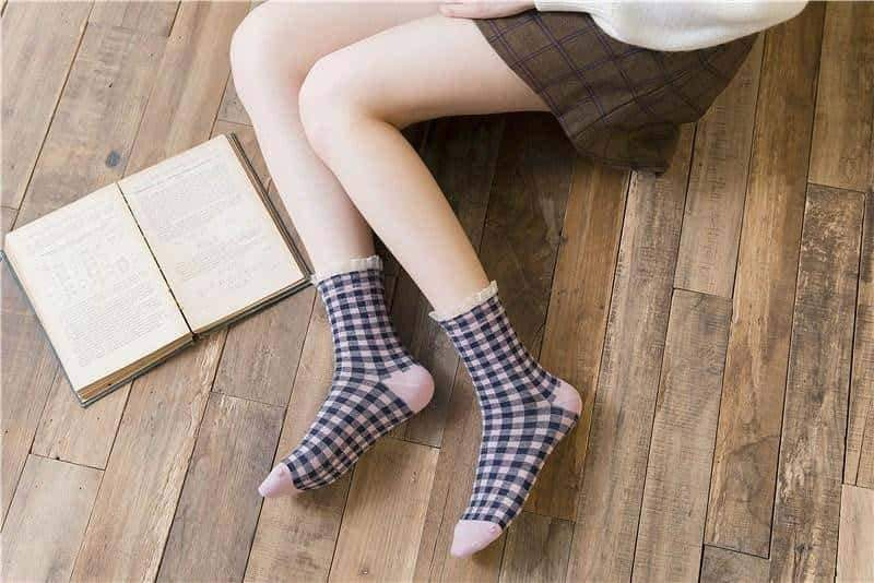 [leggycozy] Classic Checks Pattern Plaid Cotton Socks