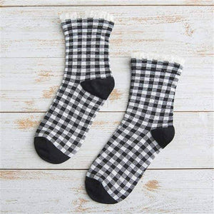 Open image in slideshow, [leggycozy] Classic Checks Pattern Plaid Cotton Socks