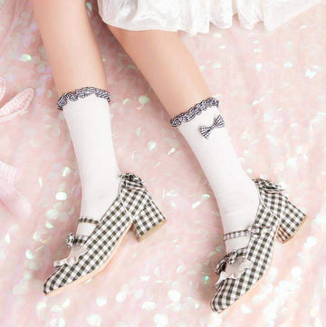 [leggycozy] High Quality JK Romantic Jacquard Cotton Ruffles Bow Knot Socks