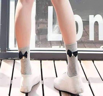 [leggycozy] Japanese Candy Color Back Bow Knot Pearl Lovely Socks