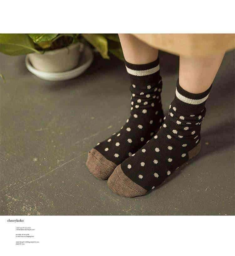 [leggycozy] Japanese Sweet Style Kawaii Dot Patterned Mid-Calf Socks