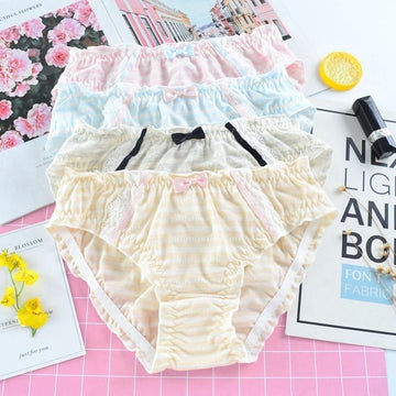 [leggycozy] Japanese Cute Colorful Striped Cotton Ruffles Edge Seamless Panties with Kawaii Bow Knot