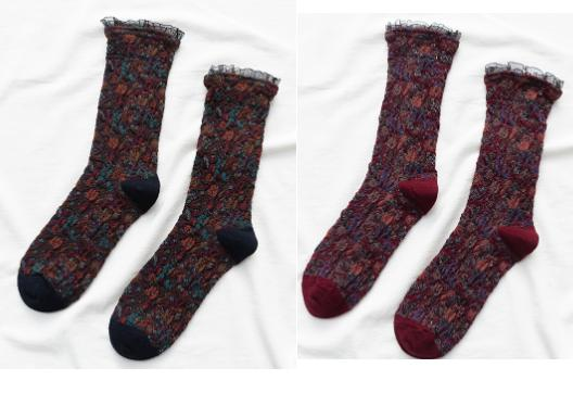 [leggycozy] (2 or 5 Pairs/Lot) Korean Retro Elegant Floral Pattern Middle Socks