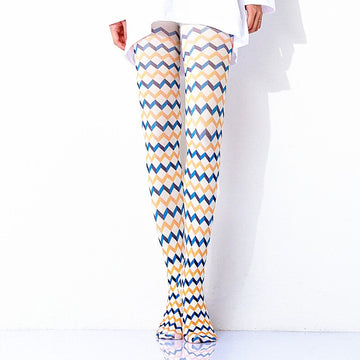[leggycozy] Kawaii Elegant Two-Color Radio Wave Check Pantyhose Stockings