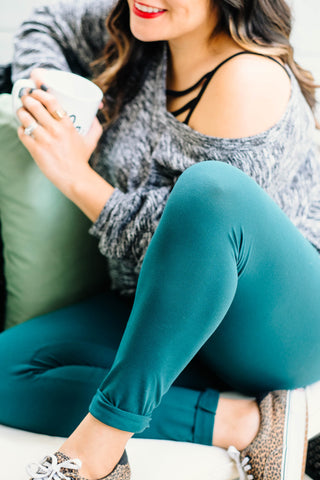 Hunter Green high waisted leggings close up