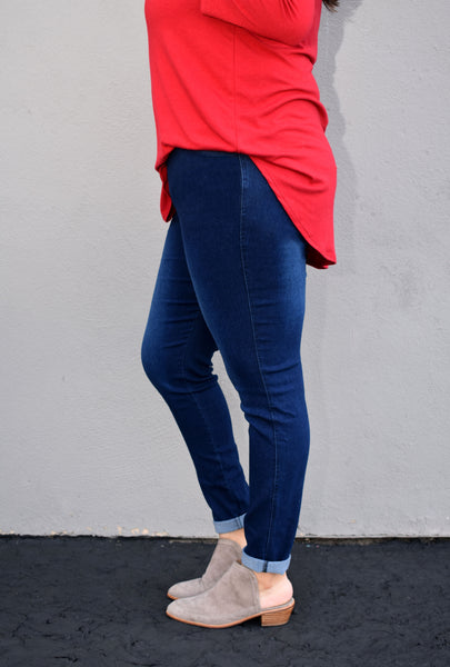 Dark Washed High Rise Jeggings With Pockets