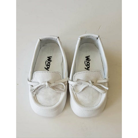 BEBE WHITE LEATHER LOAFERS