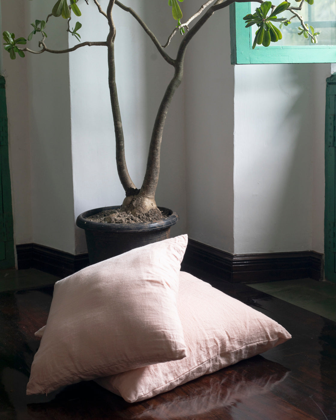 Gulabjal Linen Cushion Cover