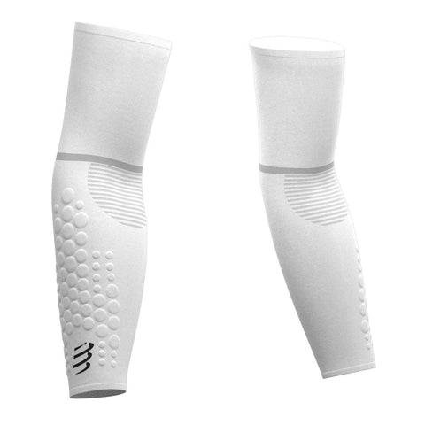 products/Manguitos-Compressport-Blancos-1.jpg