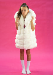 GIRLS WHITE DOUBLE SIDED FAUX FUR GILETS WITH OVERSIZED HOOD AND SIDE POCKETS freeshipping - HOJ