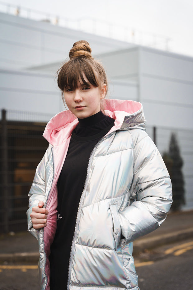 OVERSIZED IRIDESCENT PUFFER JACKET WITH PINK COLLAR AND LINING