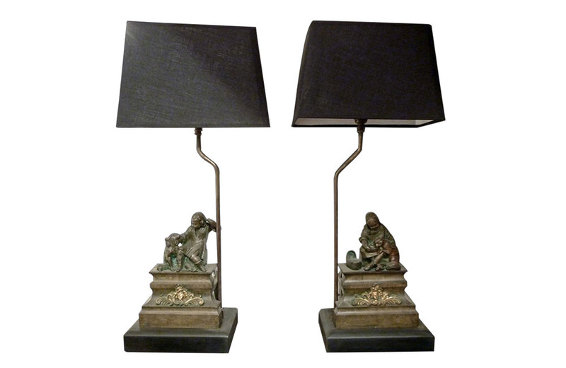 PAIR OF CHARMING BRONZE TABLE LAMPS