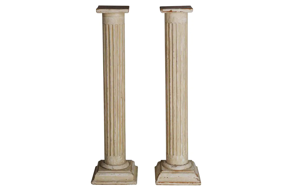 PAIR OF REEDED COLUMN PEDESTALS