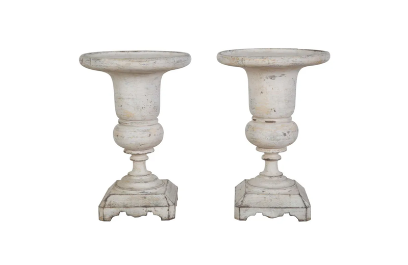 PAIR OF ITALIAN WOODEN 'MEDICI URN' FINIALS
