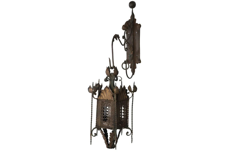 DECORATIVE IRON  LANTERN & BRACKET
