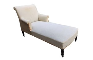 ELEGANT SCROLL BACK DAYBED